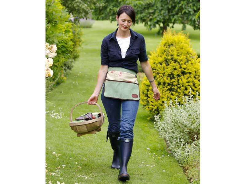 Green Floral Half Leather Gardening Apron   gardendivas.co.uk
