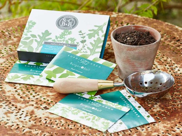sc-herb-garden-seeds-lifestyle