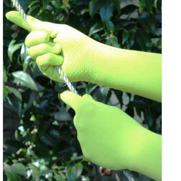foxgloves-grip-gloves-lifestyle
