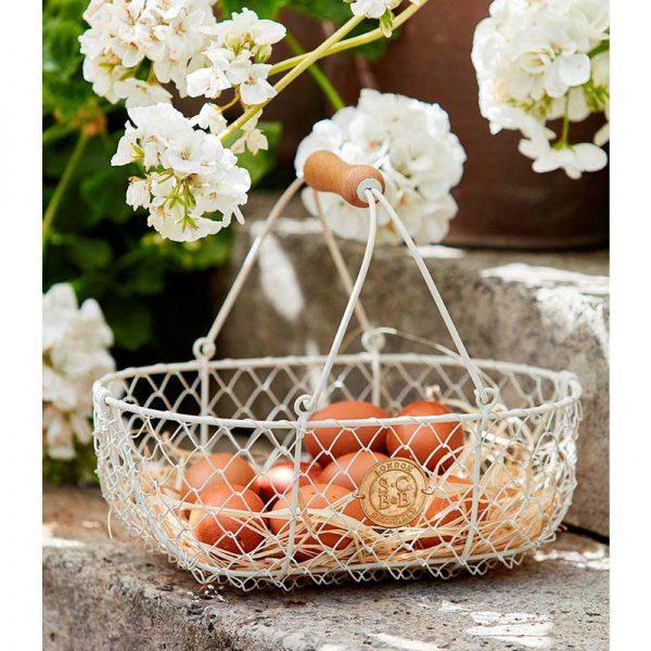 sophie-conran-harvest-basket-lifestyle